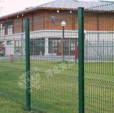 중국 세륨 SGS를 가진 공장에 의하여 직류 전기를 통하는 PVC에 의하여 입히는 용접된 철망사 담 그물세공