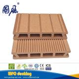 Decking composito di plastica di legno della pavimentazione esterna impermeabile di WPC per il giardino