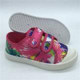 Nuevo modelo resbalar Bowknot chicos lindos Zapatos de lona de inyección
