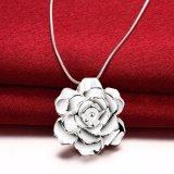 De romantische Halsband van de Juwelen van de Kleur van de Halsband van de Tegenhanger van de Vorm van de Bloem Echte Zilveren In het groot