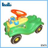 La parte superior de plástico Chico Popular Plasma Swing Riding Car