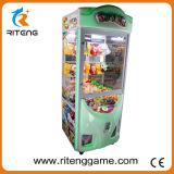 De muntstuk In werking gestelde Kraan van het Stuk speelgoed van de Arcade van het Vermaak voor het Huis van het Spel