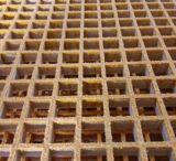 주조된 모래로 덮인 지상 섬유유리 플라스틱에 의하여 강화되는 FRP/GRP 격자판