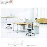 Sitio de trabajo moderno de la oficina del centro de atención telefónica de la persona de los muebles 4