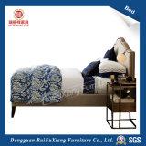 Двуспальную кровать (B257)