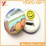 Divisa impresa Cmyk de encargo del botón de la insignia de la historieta con el Pin de seguridad