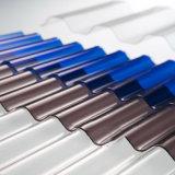 Le polycarbonate en plastique de tuiles de toit a ridé la feuille d'Anti-Baisse renforcée par feuille