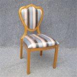 Estilo de la manera que empila los muebles de aluminio del hotel del metal que cenan la silla (YC-D71)