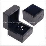 O pacote de madeira preto de Rooler do anel das mulheres da parte alta encaixota caixas de jóia