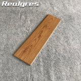 150X600陶磁器の壁および床のマットの木製カラー屋外の安いタイル