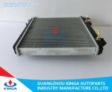 自動車はトヨタDynaのためのアルミニウムラジエーターをRzy220/230'01の分ける