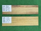 Mattonelle di pavimento di legno di ceramica di vendita calda della Cina