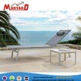 Salotti esterni del Chaise di nuova di disegno della spiaggia vendita calda della mobilia con il blocco per grafici di alluminio