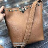Nouveau design Sacs épaule cloutés femmes PU sac à main avec une sangle pour le commerce de gros SH321