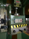 Давление механически силы J21-80t, пробивая машина отверстии машины польностью автоматическая