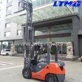Le mini chariot élévateur diesel de 2 tonnes avec à trois étages et soulèvent librement le mât