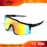 OEM bleu de miroir fait sur commande vos propres marques faisant un cycle l'équitation pilotant des lunettes de soleil