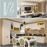 Diseño moderno (V2-K001) gabinetes de cocina para proyecto de apartamentos