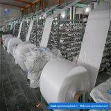 Tissu tissé par pp de prix de gros de la Chine pour faire des sacs de pp