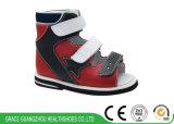 Hoher Support scherzt Stabilitäts-Sandelholz-Kind-orthopädische Schuhe