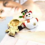 Brincos brancos do parafuso prisioneiro do boneco de neve do esmalte dos presentes do Natal da forma