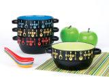 Керамические супа с помощью ложки