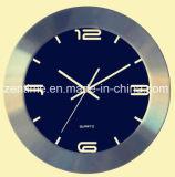 Horloge de mur de quartz de bâti en métal de quatre couleurs dans le modèle de qualité