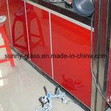 أحمر يزيّن يدهن زجاج لأنّ المطبخ