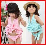 De mooie Meisjes die van Jonge geitjes Swimwear de Strandkleding van de Slijtage zwemmen (1281#)