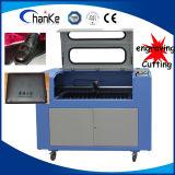 machine de découpage de laser de gravure de CO2 en cuir de 2mm mini orientale