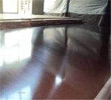 Prueba de agua película antideslizamiento frente la madera contrachapada