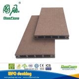 Étage neuf de WPC/panneau imperméable à l'eau de WPC et respectueux de l'environnement de Decking/plancher en bois conçu