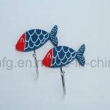 Crochets de bride de fixation de vêtement d'utilisation de ménage avec le modèle bleu de poissons de Polyresin