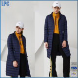 리본을 인쇄하는 형식은 온난하고 긴 방수 숙녀의 재킷이다