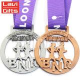 Médaillon en laiton argenté antique de récompense de sport estampé par enjeu bon marché fait sur commande chaud en métal de souvenir de vente