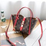 De Handtassen van de Ontwerper Pu van de Zakken van de Totalisator van dames voor LV worden geplaatst die