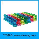 Contactos magnéticos plásticos del empuje de la alta calidad colorida para la tarjeta