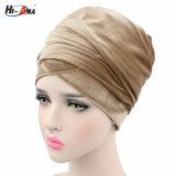 L'arrivée neuve a perlé l'enveloppe de tête de turban