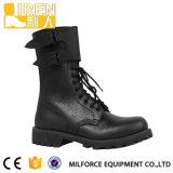 黒い側面のジッパーの軍の戦闘用ブーツ
