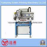 Una stampatrice semi automatica dello schermo del circuito del testo di colore
