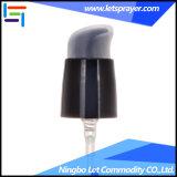 プラスチックディスペンサーの帽子が付いている装飾的で良いクリーム色のびんポンプ