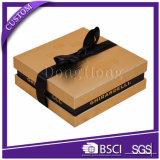 結婚式のための飾られた正方形の堅いペーパーキャンデーの好意ボックス