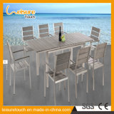 Mobília de vime dos restaurantes ao ar livre modernos do jardim do pátio que janta a cadeira Stackable do Rattan com uma tabela telescópica