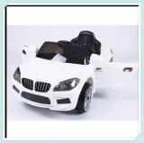 Малая и дешевая езда на автомобилях с дистанционным управлением 2.4G