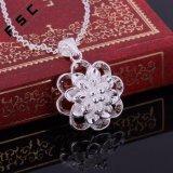 Halsband van de Tegenhanger van de Bloem van de Juwelen van de manier de Zilver Geplateerde voor Meisjes