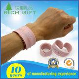 Custom Fashion PVC Silicone Slap Snap Wristband Pulseira para crianças