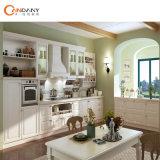 Candany passte moderne Küche-Möbel für Küche-Schrank an