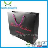 La vente en gros personnalisent le sac de papier de achat d'impression avec le traitement