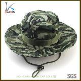 Kundenspezifischer breiter Rand Camo Hut-Militärarmee-Wannen-Schutzkappe mit Zeichenkette