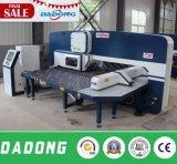 Tipo prensa de Dadong D-T30 Amada de sacador automática de la torreta del CNC